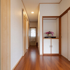 内装リフォーム/廊下リフォーム/クロス貼り替え/フローリング張り替え 内装リフォームで綺麗になった廊下(加古川…