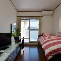 洋室/プライベートルーム/寝室/リフォーム/壁紙/フローリング 三世代が集う、シックな大人テイストの空間…