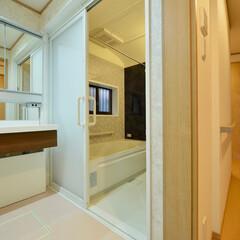 洗面所/お風呂/浴室/リフォーム/システムバス/洗面化粧台/... ご高齢の方も安心、快適。可愛らしく温かみ…