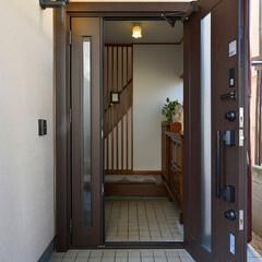 玄関ドア/サッシ/リフォーム/リクシル 三世代が集う、シックな大人テイストの空間…