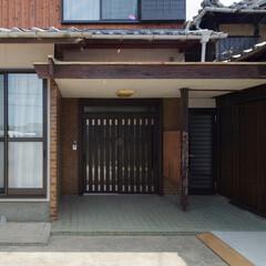 玄関ドア/引き戸/玄関引き戸/和風/玄関リフォーム/玄関ドア交換 玄関ドアを交換。和風デザインの引き戸で、…
