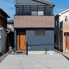 片流れ屋根/シンプルな家/モダンな家/シンプルモダン/外観/家/... 近年人気の片流れ屋根でシンプルモダンな外…