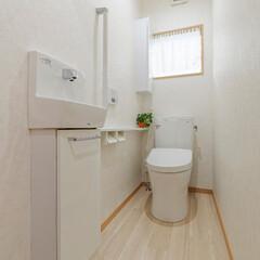 白/明るい空間/清潔/基調/TOTO/トートー/... 白を基調とした、清潔感のあるトイレ。 T…