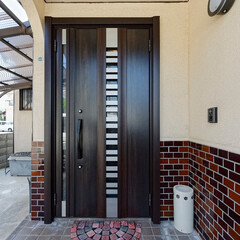 玄関ドア/サッシ/玄関リフォーム/玄関扉/ドア交換/ドア取り替え/... 玄関ドアをLIXIL「リシェントⅡ」に取…