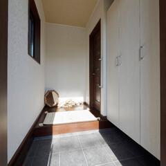 シンプルインテリア/玄関/玄関収納/ドライフラワー/花のある生活/加古川市/... シンプルな玄関にドライフラワーを飾って華…