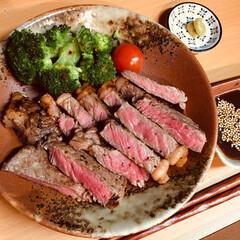 夕飯/ステーキ/キッチン/節約/フード/グルメ/... 決してお高い肉ではありませんが、 肉嫌い…