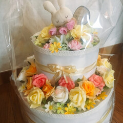 おむつケーキ/赤ちゃん/プレゼント/ハンドメイド/ダイソー/セリア/... 娘の友達に可愛い女の子が産まれました。春…