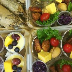カップ/冷凍食品/運動会/セリア/フード 運動会のお弁当。  今年は頑張らないと決…
