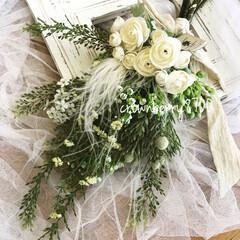 ナチュラル/スワッグ/フラワー/インテリア雑貨/花雑貨/花のある暮らし/...   爽やかな白とグリーンのスワッグ。 *…