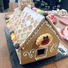 お菓子/ヘクセンハウス/フォロー大歓迎/クリスマス/クリスマスツリー/グルメ/... こんにちは😃 そろそろクリスマスの足音が…