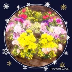 父にお供え/三逮夜/ガラス花器/フラワーアレンジメント/ダイソー/100均/... 今日は三逮夜。父にお供えするお花を生けま…