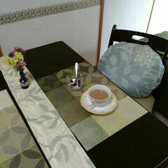 クッションカバー/テーブルランナー/雑貨/ハンドメイド カーテン生地の端切れで、テーブルランナー…