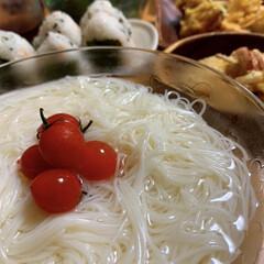 おにぎり/天ぷら/素麺/ツルツル大好き/おうちごはん/暮らし 暑かったですね〜☀️☀️☀️ 食欲落ちち…