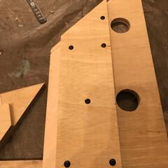 ヒノキ/杉/SPF/丸ノコ/木工/工具/... 自作の丸ノコガイドを新調しました。 今ま…