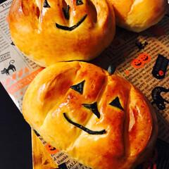 かぼちゃ/ハロウィン/手作りパン #かぼちゃクリームパン  カスタード&か…