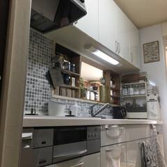 イメージチェンジ/壁/キッチン壁用シート/DIY/100均/セリア/... 飽きっぽい私…流しの正面壁✨ ガスコンロ…