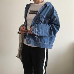 GU/ジユジョ/デニム/プチプラ/シンプル/シンプルコーデ/... GUの去年の背中編み編みジージャンは 今…
