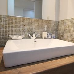 造作洗面台/タイル/ガラスモザイクタイル/オーダーメイド お好みにオーダーメイドできる造作洗面台。