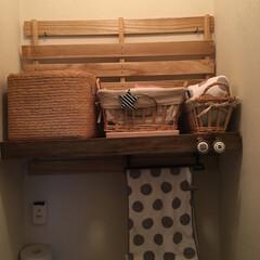 トイレ収納/ホームセンター桐すのこ/DIY/セリア/収納 収納の無いトイレにホームセンターのすのこ…