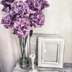 花が好き/ホワイトインテリア/リシアンサス/トルコキキョウ/花のある暮らし/暮らし 大ぶりなトルコキキョウ。  存在感バッチ…