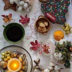 テーブルコーディネート/クリスマス/walkers/ビスケット/カルディ/おやつタイム/... おやつの時間。 カルディでwalkers…