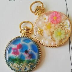 パール/海塗り/花/金魚/夏/春/... 懐中時計の空枠を使って春と夏を意識したパ…