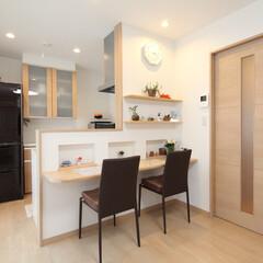 LIXIL/シエラ/飾り棚/カウンター キッチンは使い勝手が良く、省スペースの引…