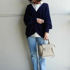 ファッション innerはUNIQLO U ティシャツ…