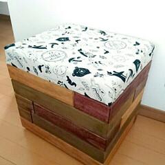 スツール/DIY/100均/インテリア/家具/住まい 娘用スツール!  端材で箱作って、周りに…