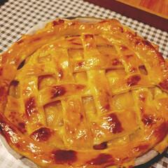 手作りアップルパイ/夜更かしのティータイム/甘党大集合 今日の夜更かしデザートは パイ生地から作…