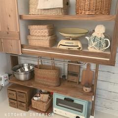 古道具のある暮らし/カゴ収納/ディアウォール棚/ディアウォール/DIY/キッチン雑貨/... キッチンDIY… カゴ収納。。。