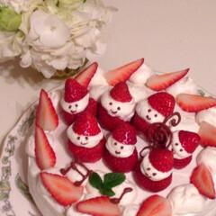 #クリスマス 7人のサンタさんケーキ