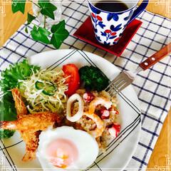 朝ご飯/お家ご飯/ワンプレート/フード 今日の朝ご飯  パエリア風(お米から炒め…