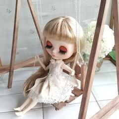ブランコ/ハンドメイド/ミニチュア/DIY/100均 お人形のブランコを作りました✨ 使ったの…