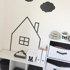フライングタイガー/ミカヅキモモコ/カラーボックス/ほぼ100均/プチプラインテリア/モノトーンインテリア/... 子供部屋にマステでお家デコ⌂ してみま…