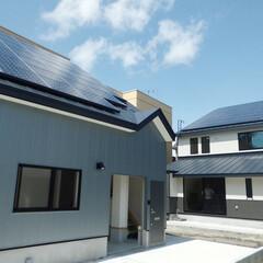 太陽光発電/屋根/省エネ/ナチュラル/自然/スマートハウス/... ご自宅と隣りの事務所の屋根に太陽光を設置…