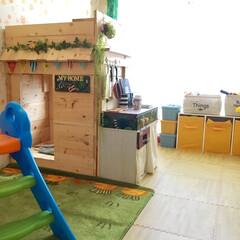 リーディングヌック/キッズキッチン/DIY/子供部屋 子供部屋を模様替え。DIYした2階建リー…(1枚目)