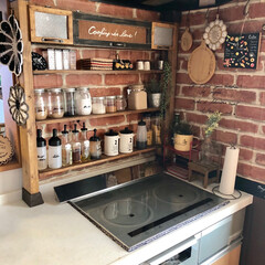 パタパタ扉/リメイクシート/調味料ボトル/調味料棚/キッチン雑貨/DIY/... 調味料棚を作ってから調味料をすぐ取れるの…