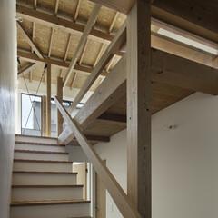 無垢材/シンプル/モダンジャパニーズ 開放的な階段