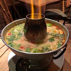 グルメ/アジアン料理/トムヤムクン/令和元年フォト投稿キャンペーン/はじめてフォト投稿/フォロー大歓迎/... トムヤムクン鍋〜  パクチー追加してたら…