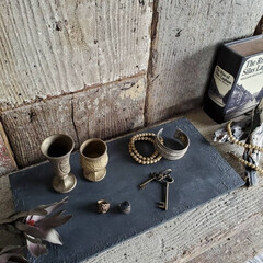 ディスプレイ台/ディスプレイ棚/ディスプレイ/アクセサリー/セリア/100均/... 石器風塗装したディスプレイ台☆ 小物雑貨…