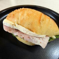PAUL/新宿/京王百貨店新宿店/サンドイッチ/パン・サレ・サンド/ジャンボン・フロマージュ ついでに立ち寄ったPAULで、見かけたこ…