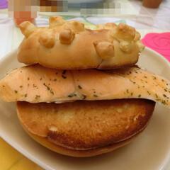 サンドウィッチパーラーまつむら/チーズベーグル/水天宮前/サンドイッチ/スチームサーモン 先日サンドイッチを買ってきたお店で、大好…