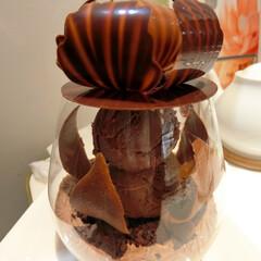 パスカル・ル・ガック東京/赤坂/溜池山王/パフェ/パフェ フルーリー ショコラ/チョコレートパフェ 一週間ほど前に桃のパフェを食べに行ったら…