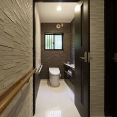 インテリア/住まい/リフォーム/リノベーション/インテリアコーディネート/インテリアデザイン/... 戸建のリノベーション。白い大理石の床が廊…