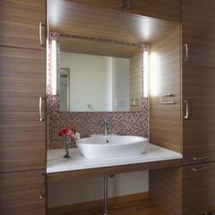 リフォーム/インテリア/住まい/収納/リノベーション/インテリアデザイン/... リフォームで収納を充実させた洗面室。両サ…