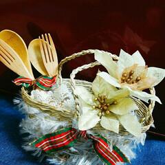 かご/毛糸ファー/クリスマス/結婚/おめでとう/セリア/... 100均のかごに毛糸のファーを巻き付けて…
