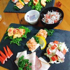 暮らしを楽しむためにしたこと/福内鬼外/包んで食べるお寿司/節分/暮らしを楽しむ  🤭🤭恵方巻ってあんまり馴染みがないここ…(1枚目)