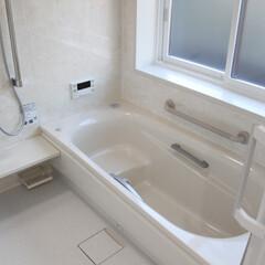システムバス/清潔 浴室暖房をつけて、冬場でも暖かい浴室にな…