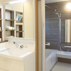 浴室暖房/壁付収納棚/断熱性 【After】断熱性能が高く、浴室暖房付…